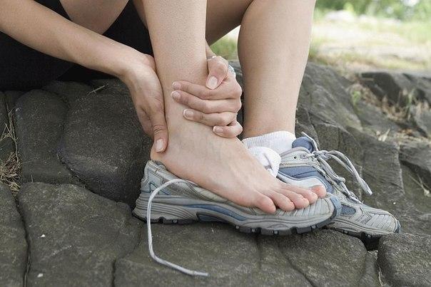 Причины боли в пятках при наступании